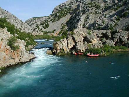 Activities day 4: Canoening in Croatia